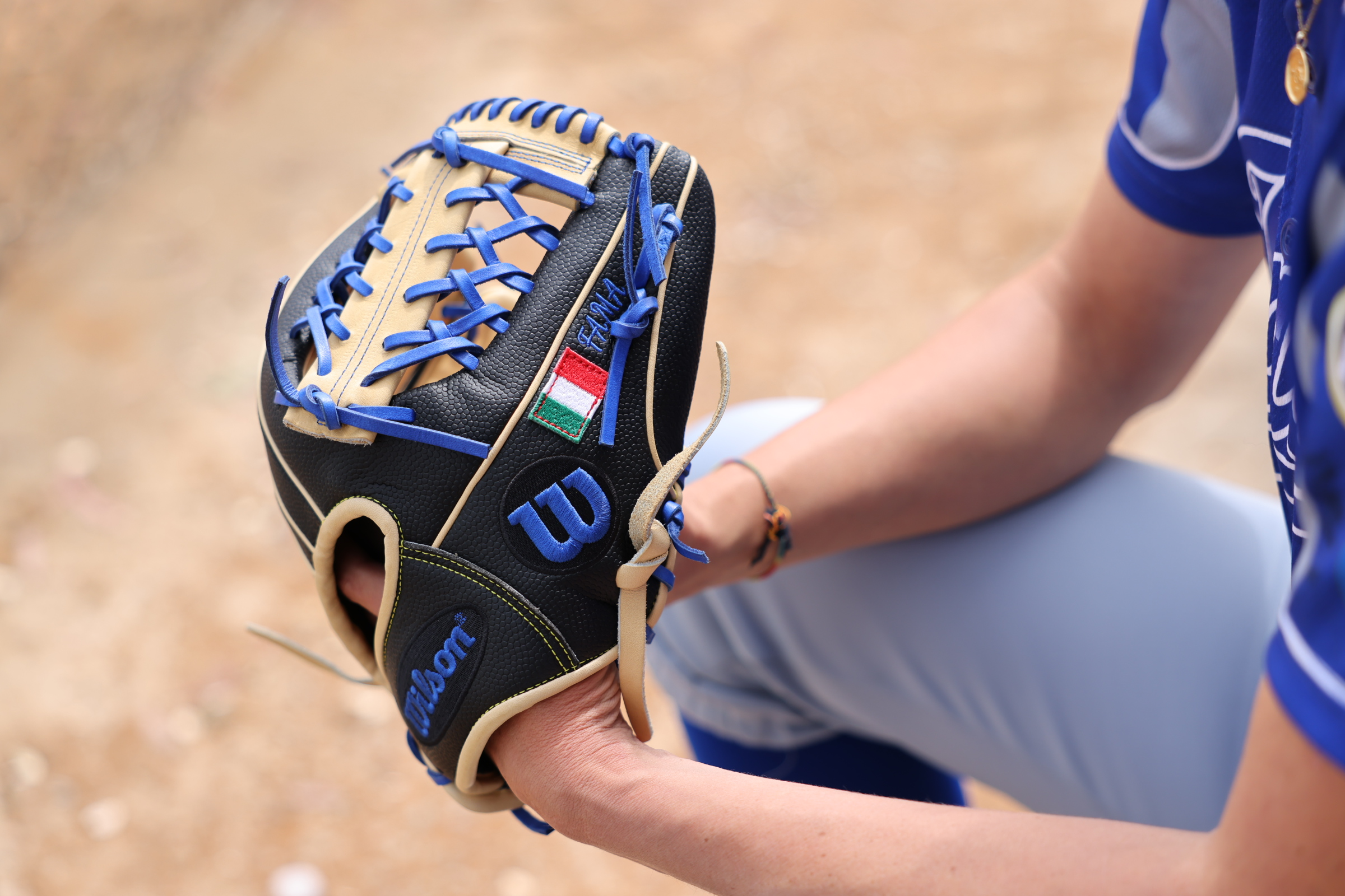 Italy-Softball-Shortstop-Amanda-Fama-Wilson-A2000