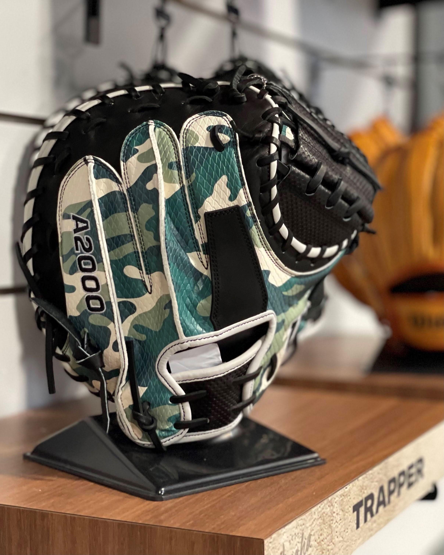 Trapper glove